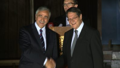 Territory row looms over Cyprus showdown talks