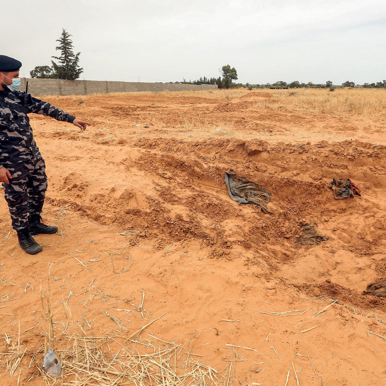 UN VOICES 'HORROR' AFTER REPORTS OF LIBYA MASS GRAVES