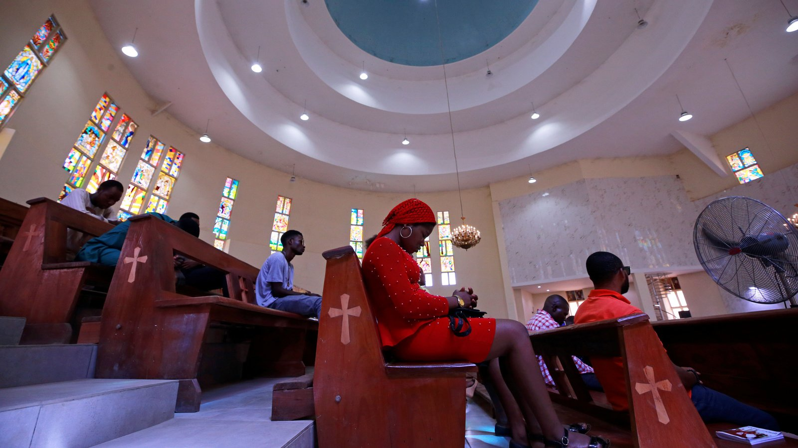 LAGOS EASES VIRUS LOCKDOWN, REOPENING CHURCHES, MOSQUES